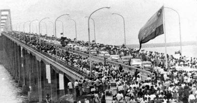 Puente Rafael Urdaneta sobre el lago Maracaibo