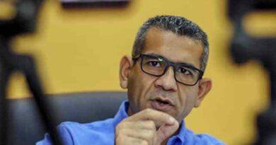 Willy Casanova solo en la carrera por la alcaldía de Maracaibo, la oposición no asoma a nadie